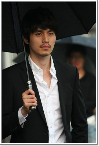 ดาราเกาหลี Lee Dong Wook - ลีดองวุค : ประวัติ ผลงานเพลง ผลงานละครของ